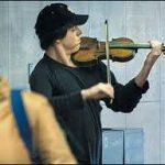 Hegedűs a metróban